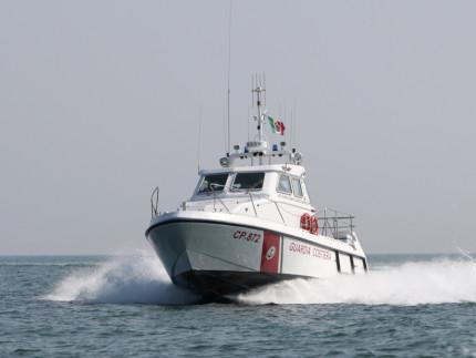 Una motovedetta della Guardia Costiera di Pesaro, la CP872