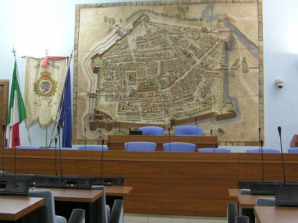 L'aula del consiglio comunale di Pesaro