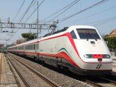 Frecciabianca, Trenitalia, stazione ferroviaria, ferrovie dello Stato