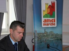 Maurizio Mangialardi all'assemblea dell'Anci Marche