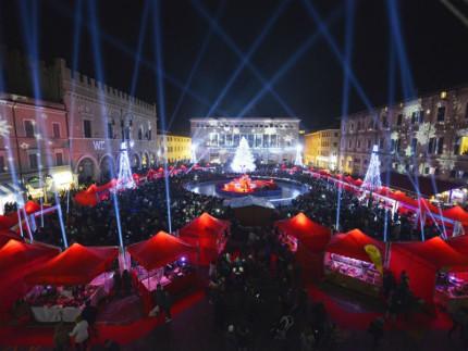 Piazza del Popolo a Pesaro, Capodanno