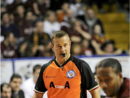 Basket, lutto nel mondo della pallacanestro: muore l'arbitro Gianluca Mattioli