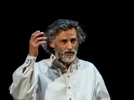 Uno Nessuno Centomila, interpretato da Enrico Lo Verso