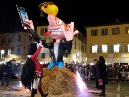 Rogo del pupo al Carnevale di Fano