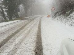 Neve, strade innevate