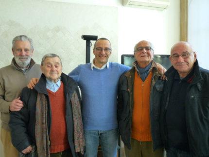 Matteo Ricci con i primi casellanti di Pesaro
