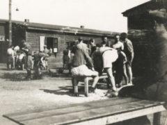 Internati militari italiani in un lager nazista