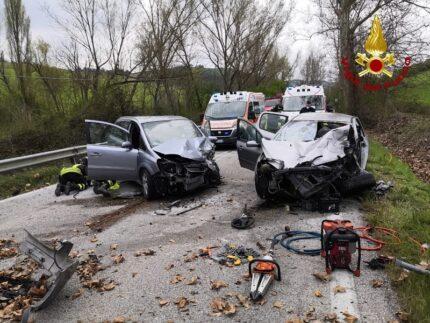 Incidente stradale nei pressi di Urbino